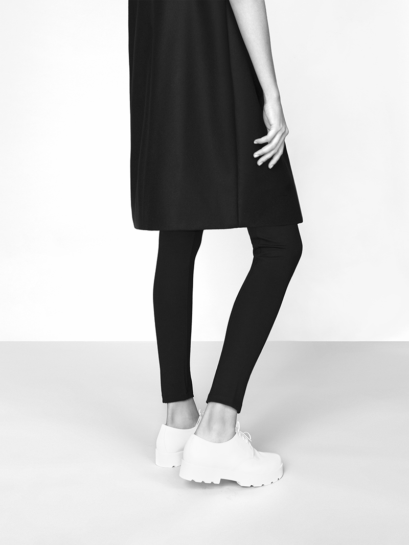 Perfect lenght, perfectly cut hemline.